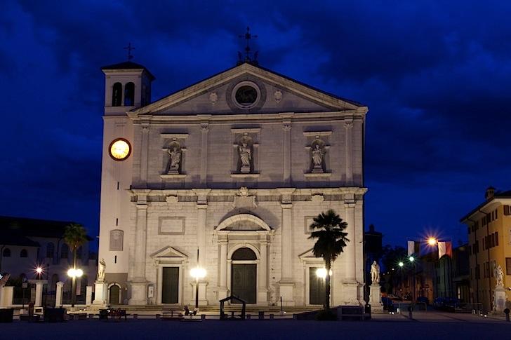 Duomo-facciata-notte